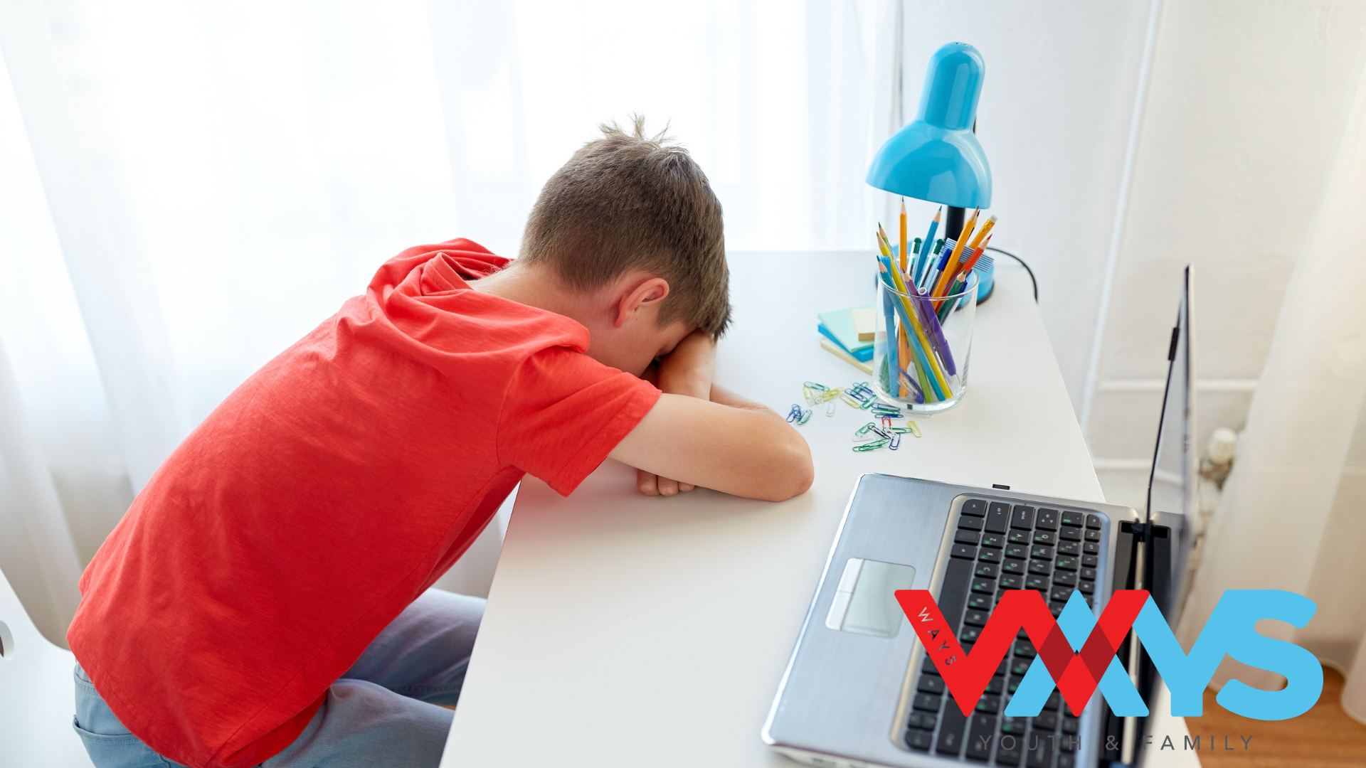 What signs that your child is being cyberbullied?